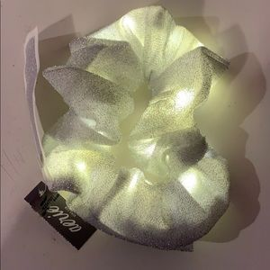 American Eagle Sparkly Light Up Scrunchie